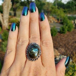 Labradorite Flashy Stone Ring #17 NWOT
